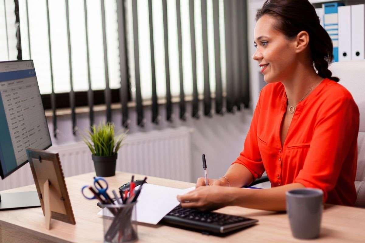 ¿Cómo funciona un software de nómina para PYMES?